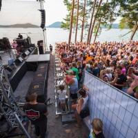 Festival na pláži